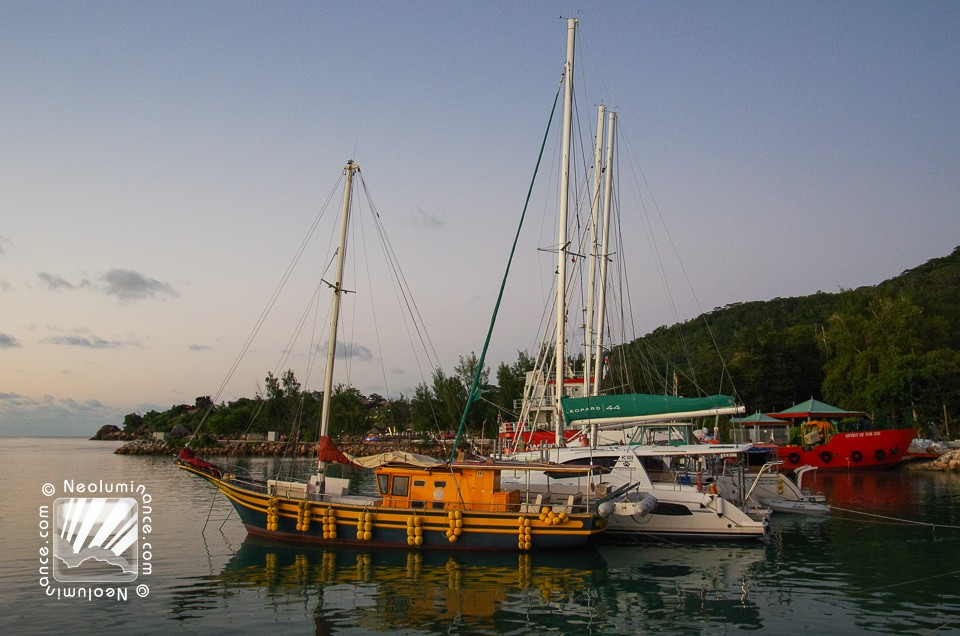 La Digue Harbor
