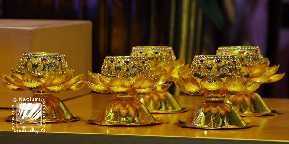 Gold Lotus Cups